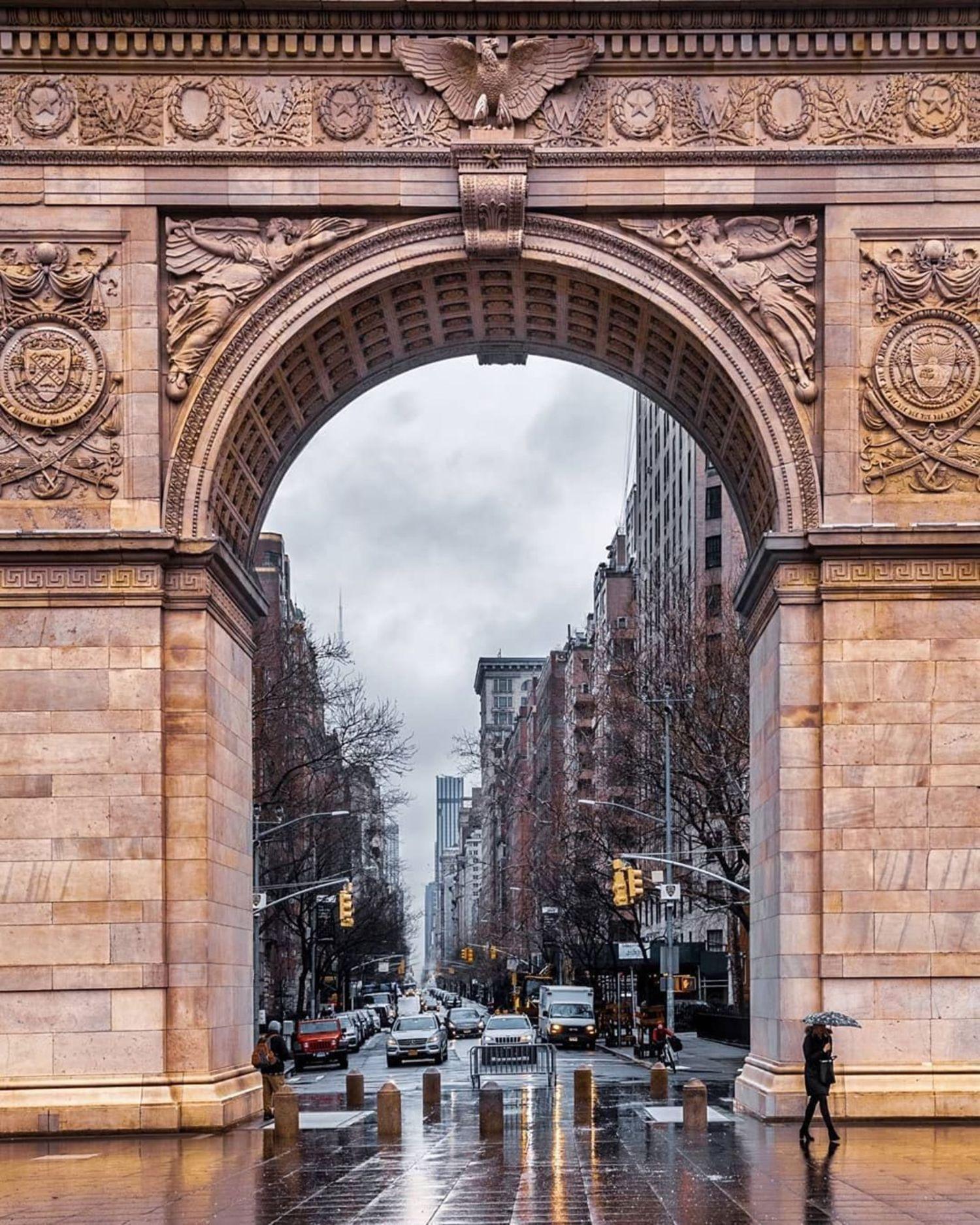 Washington Square Arch. Photo via @iwyndt #viewingnyc #nyc #newyork #newyorkcity