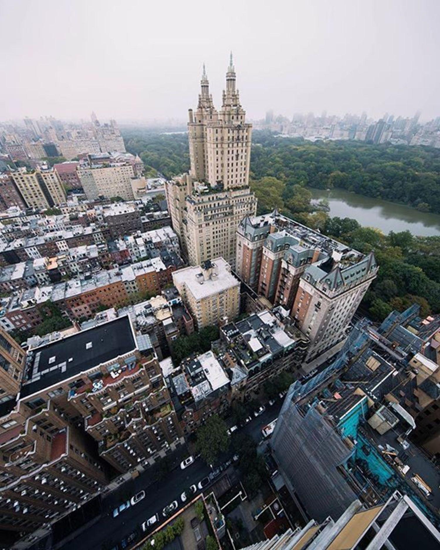 New York, New York. Photo via @opoline #newyork #newyorkcity #nyc #viewingnyc