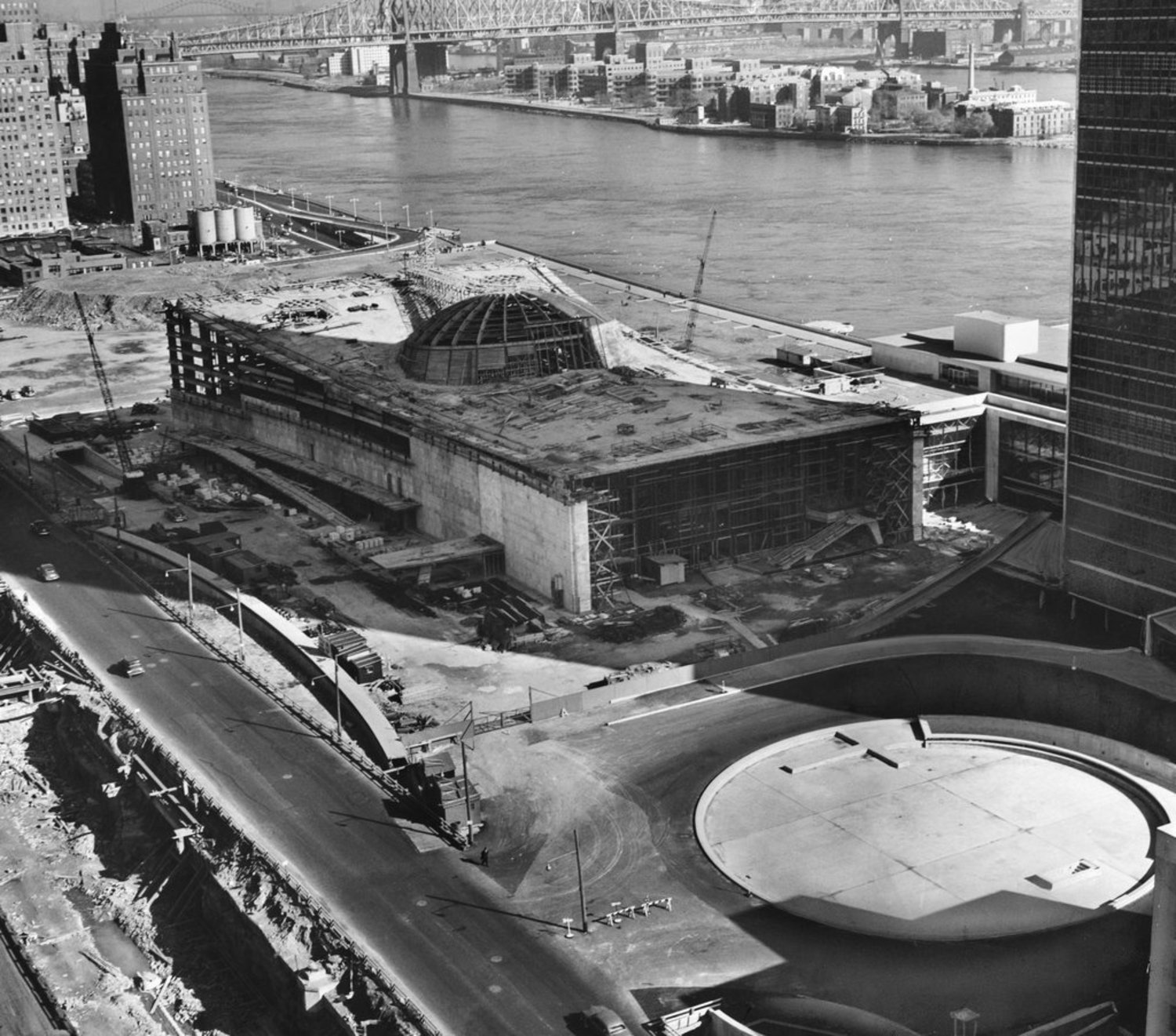 Nov. 11, 1951: Photos showed progress in the construction of a Robert Moses project, the General Assembly Building of the United Nations, a couple of years behind schedule.