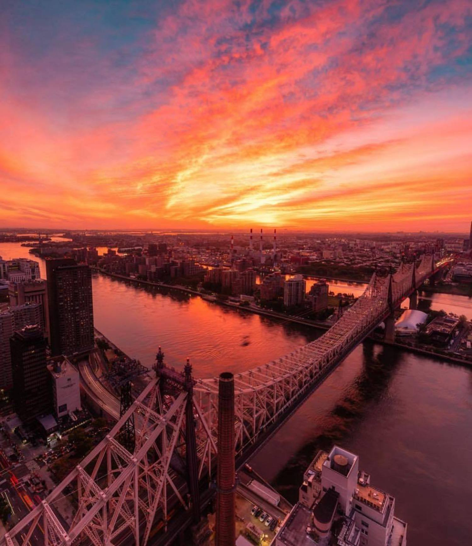 Sunrise over Roosevelt Island and Queens, New York