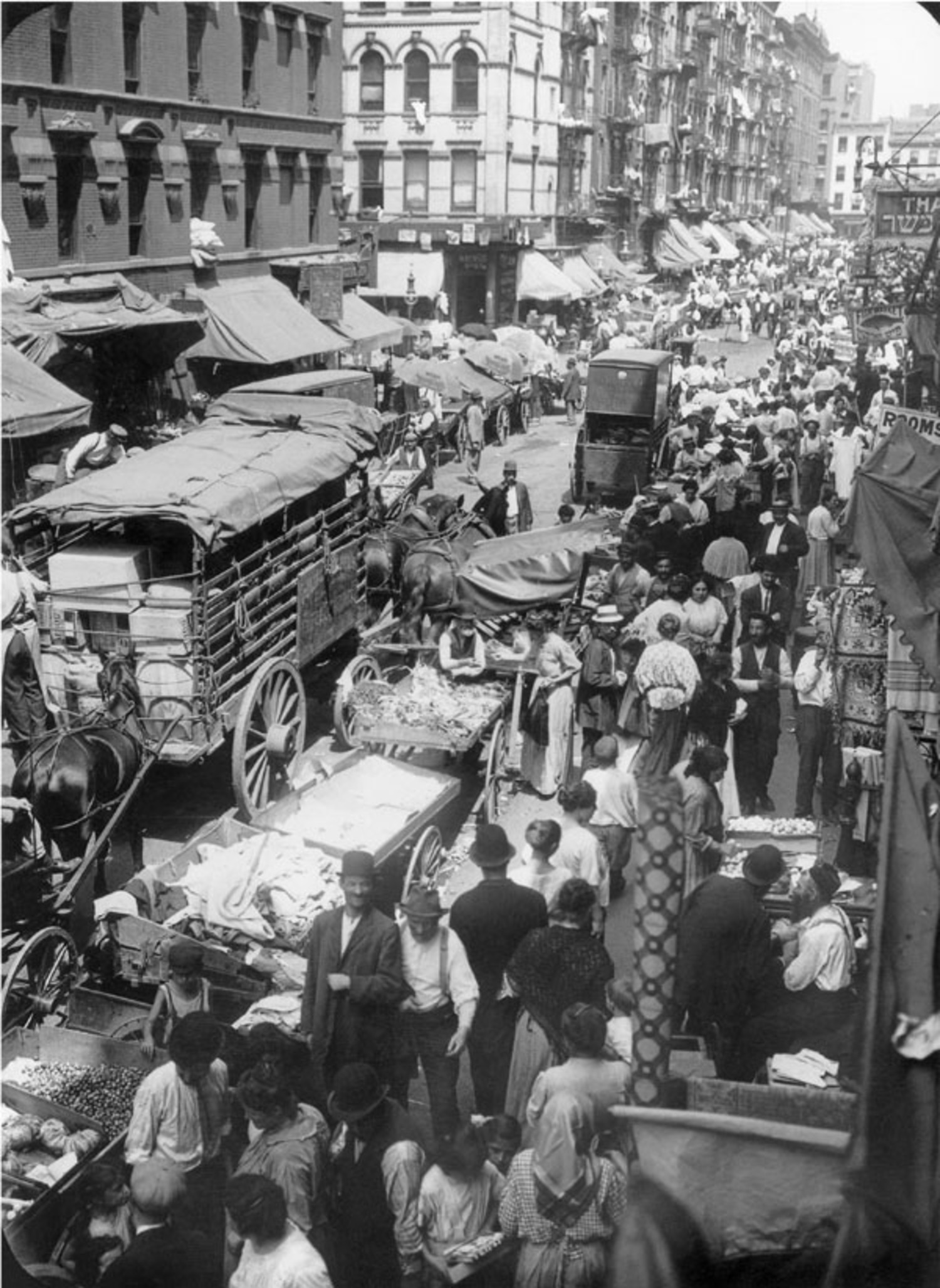 """Vintage Photograph Shows the """"Lantern Side of Hester Street"""" in ..."""