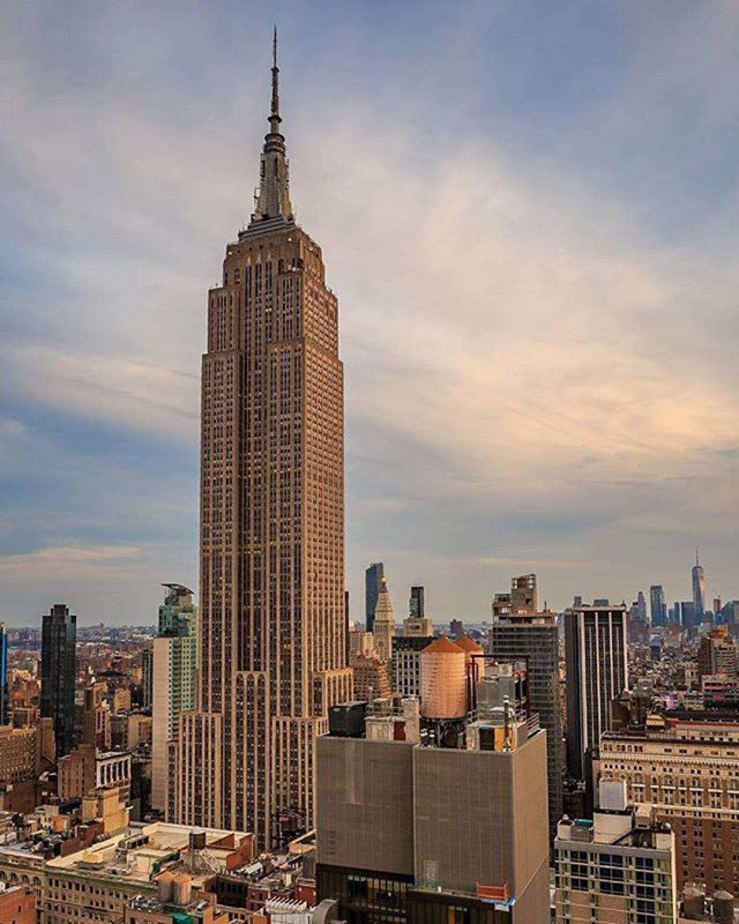 Empire State Building, New York, New York. Photo via @killahwave #viewingnyc #newyorkcity #newyork