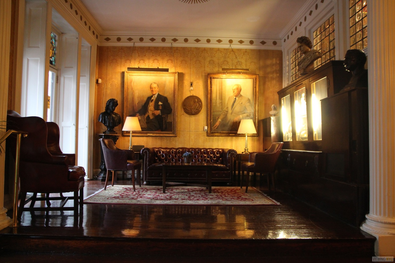 The Alcove Room