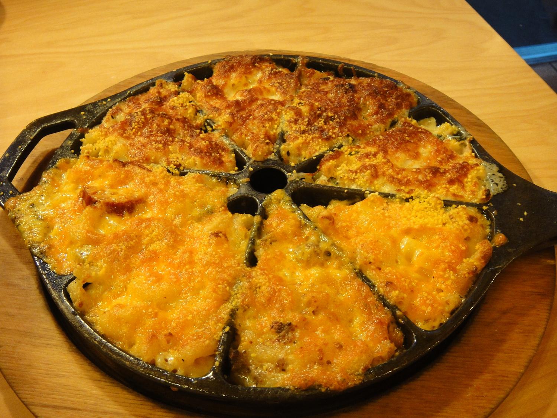 "S'MAC - Sarita's Macaroni & Cheese | S'MAC Sampler: All-American, 4 Cheese, Cheeseburger, La Mancha, Cajun, Napoletana, Alpine, Parisienne <a href=""http://www.smacnyc.com/"" rel=""nofollow"">www.smacnyc.com/</a>"