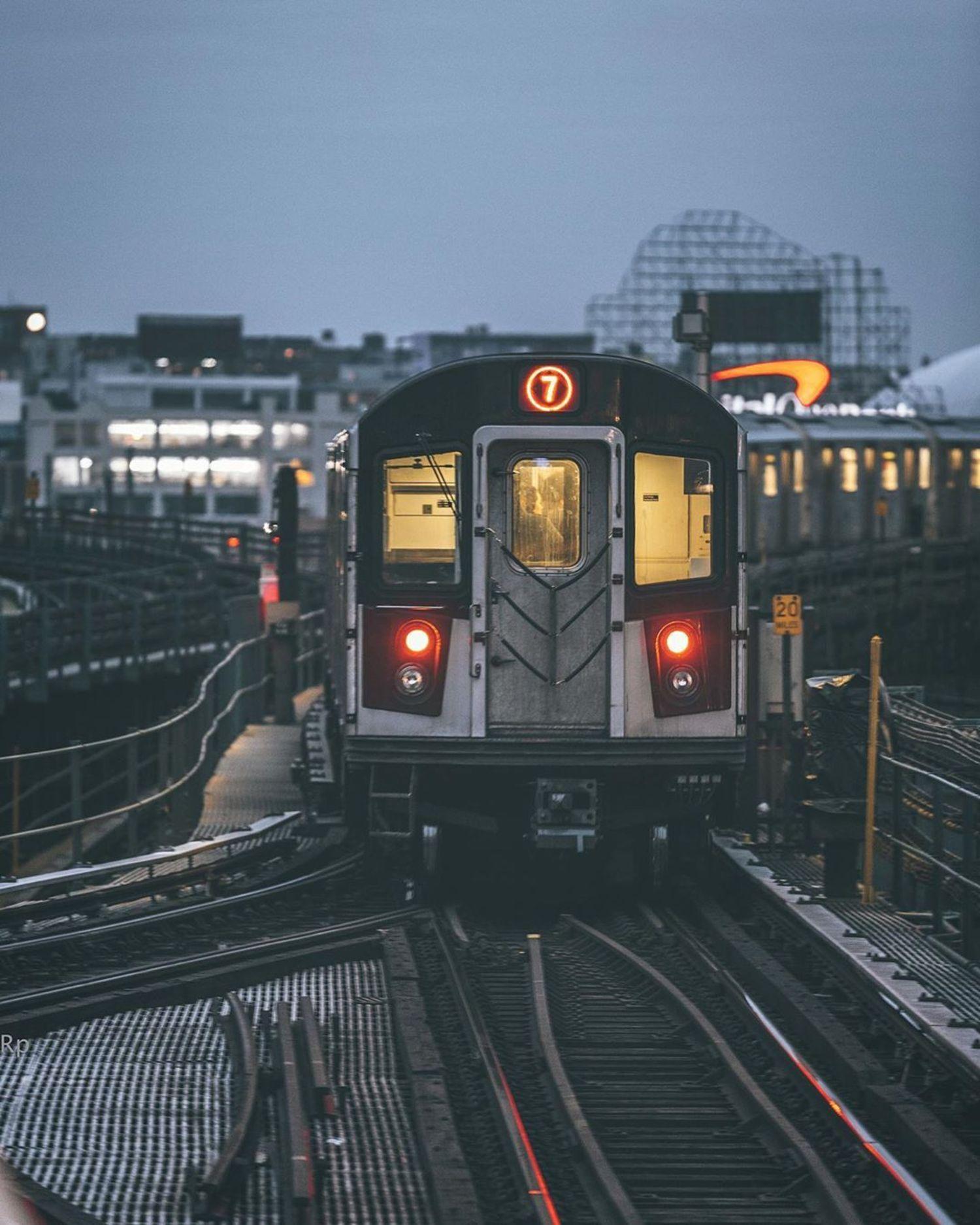 7 Train, Queens