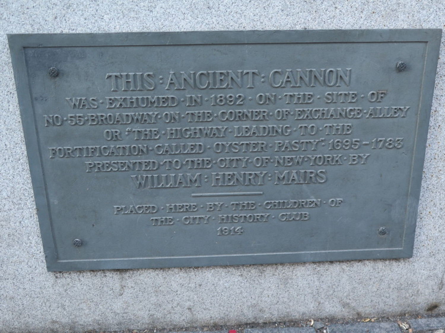 Battery Park Cannon Plaque