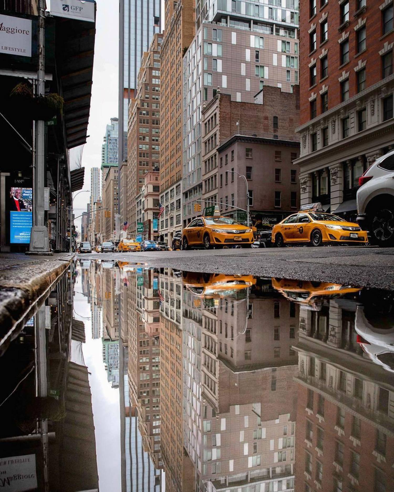 5th Avenue and 26th Street, Manhattan