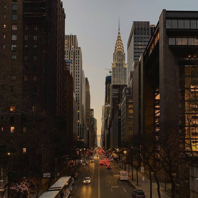 42nd Street, Manhattan. 📸 via @madufault #viewingnyc #nyc #newyork #newyorkcity #tudorcity