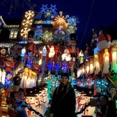 ⁴ᴷ⁶⁰ Walking NYC - Dyker Heights, Brooklyn during the Holidays 2018: Larger Than Life Decorations