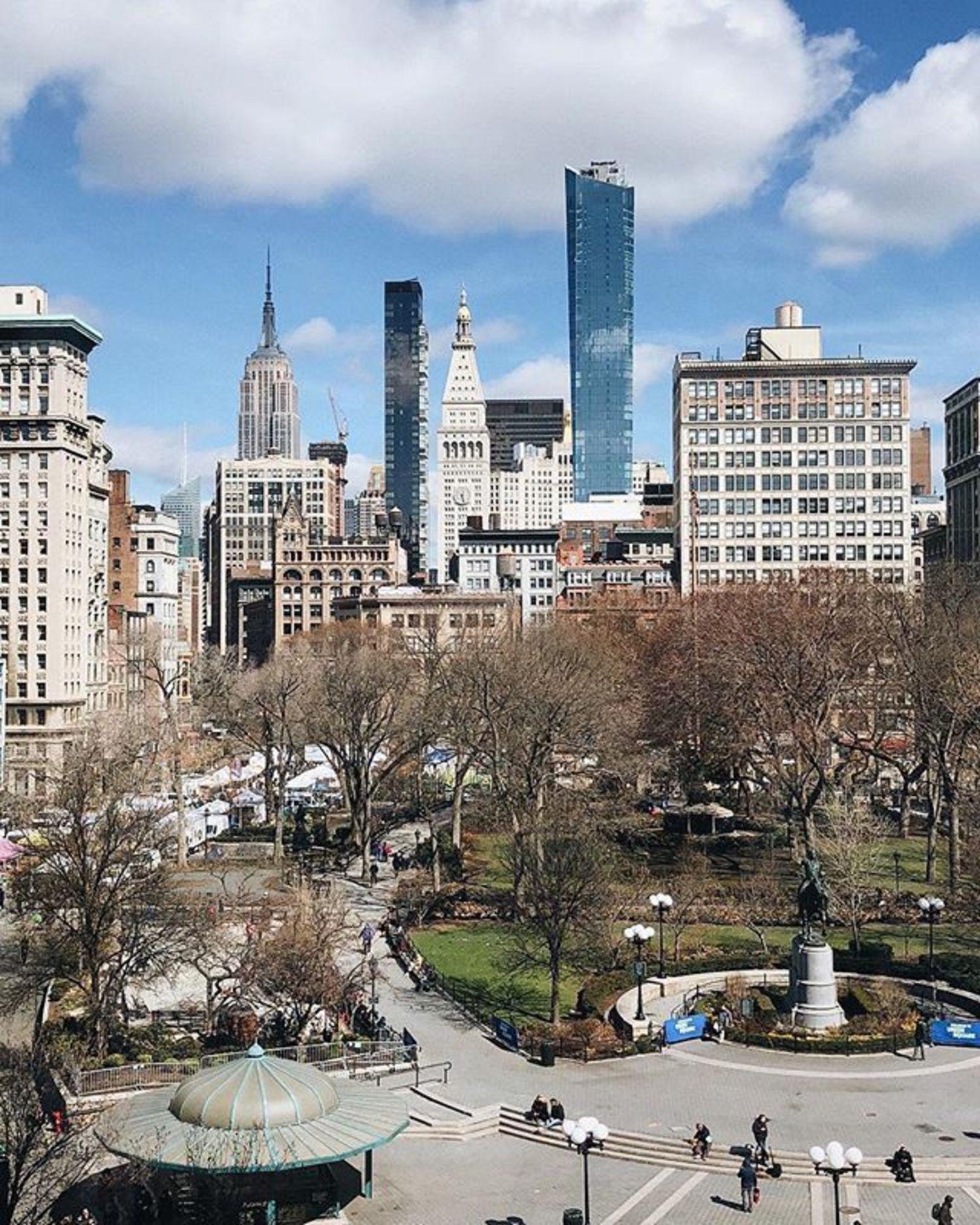Union Square, New York. Photo via @melliekr #viewingnyc #newyork #newyorkcity #nyc #unionsquare