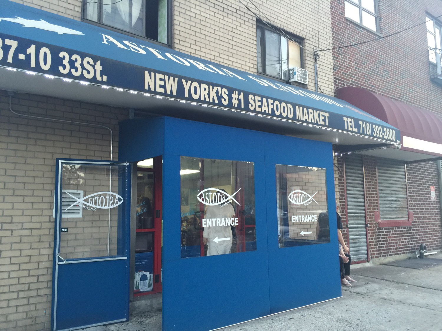 Astoria seafood fish market turned greek restaurant for Fish market restaurant nyc