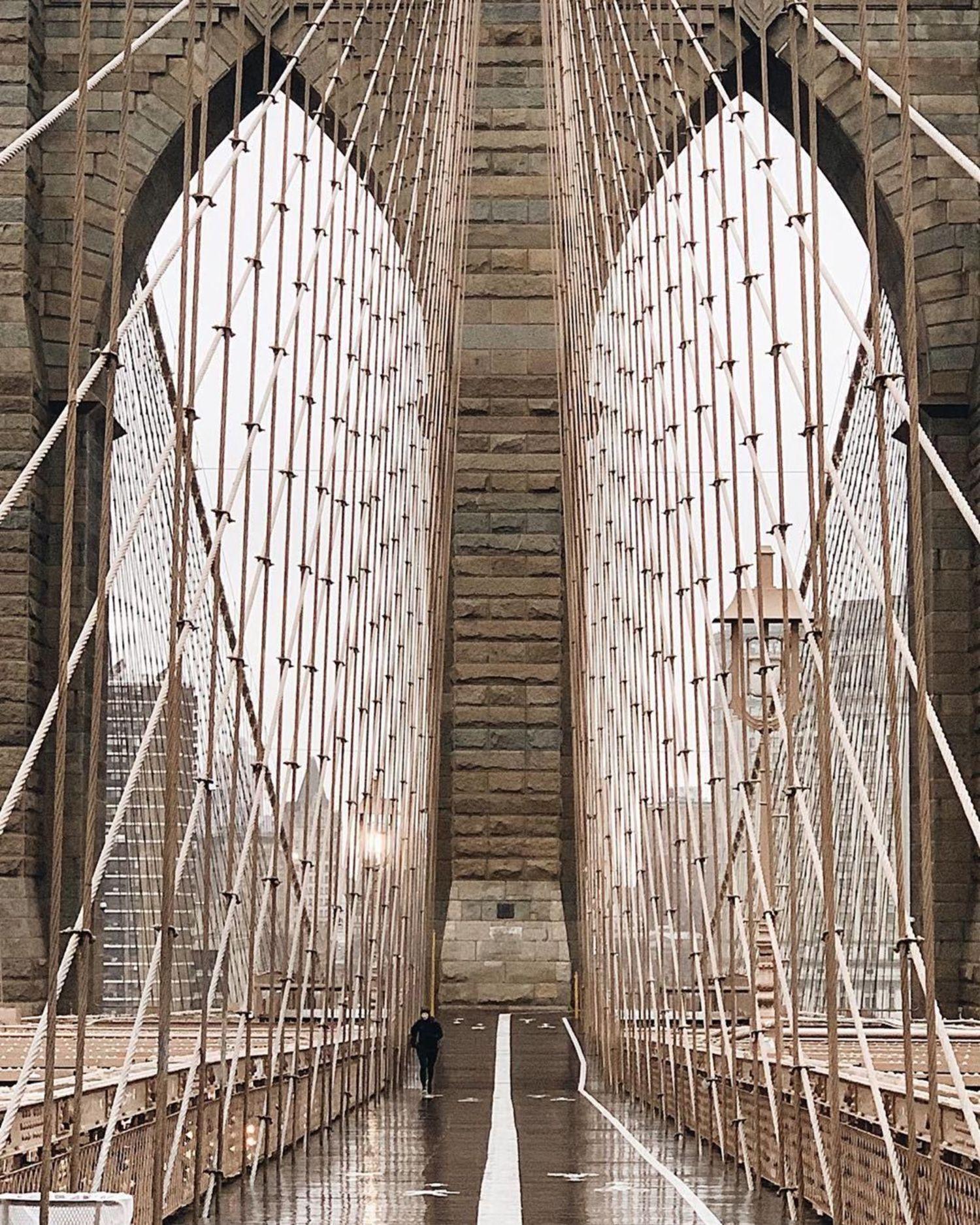 Brooklyn Bridge, New York. Photo via @iwyndt #viewingnyc #nyc #newyork #newyorkcity