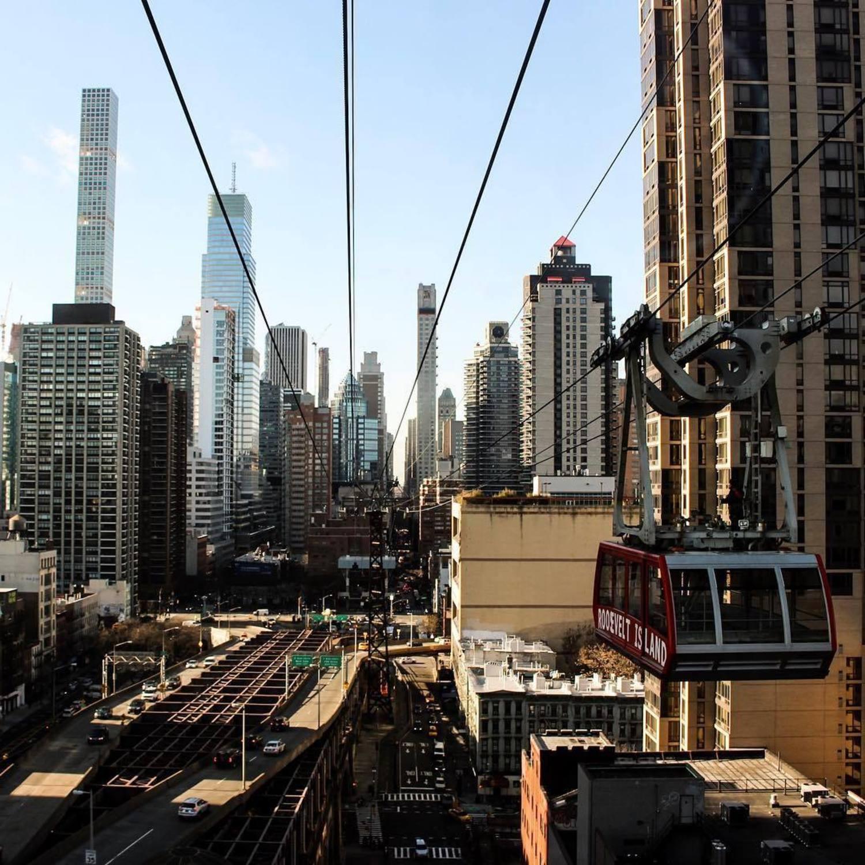 Roosevelt Island Tramway, New York, New York