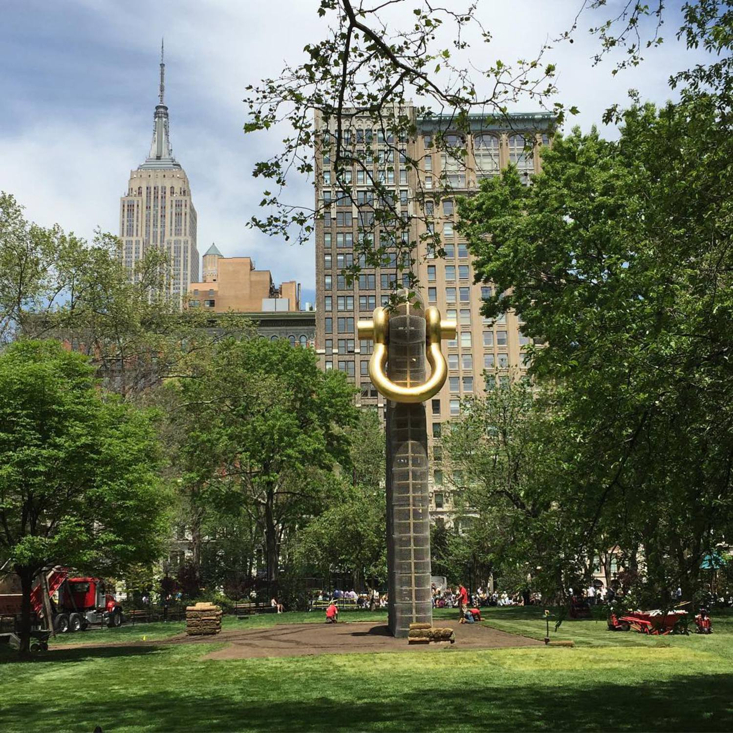 Walk in the park with @nalanie_n  #MartinPuryear #BigBling #MadSqArt #nofilter @madsqparknyc