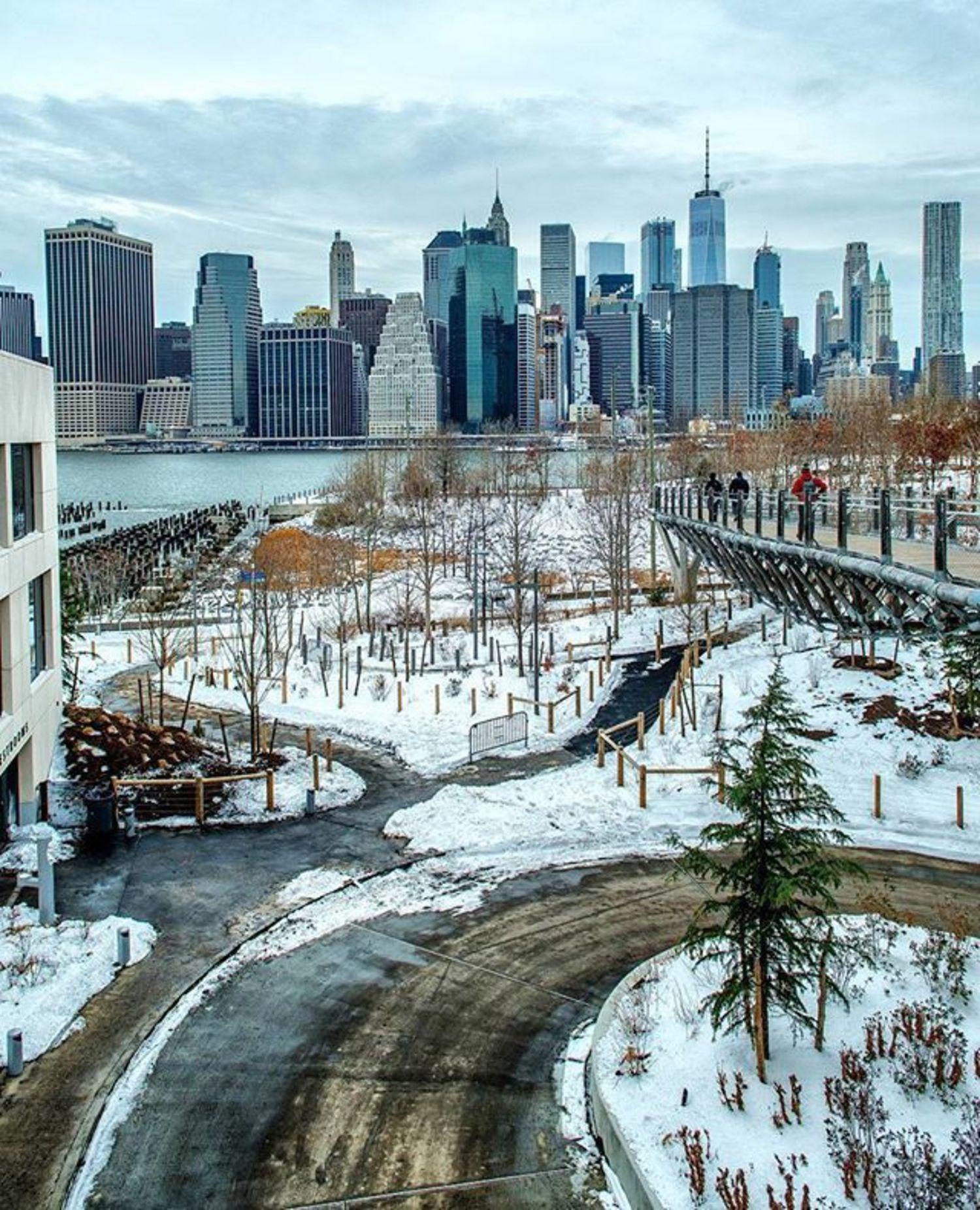 New York, New York. Photo via @ericknyc_ #viewingnyc #newyorkcity #newyork #nyc #snow