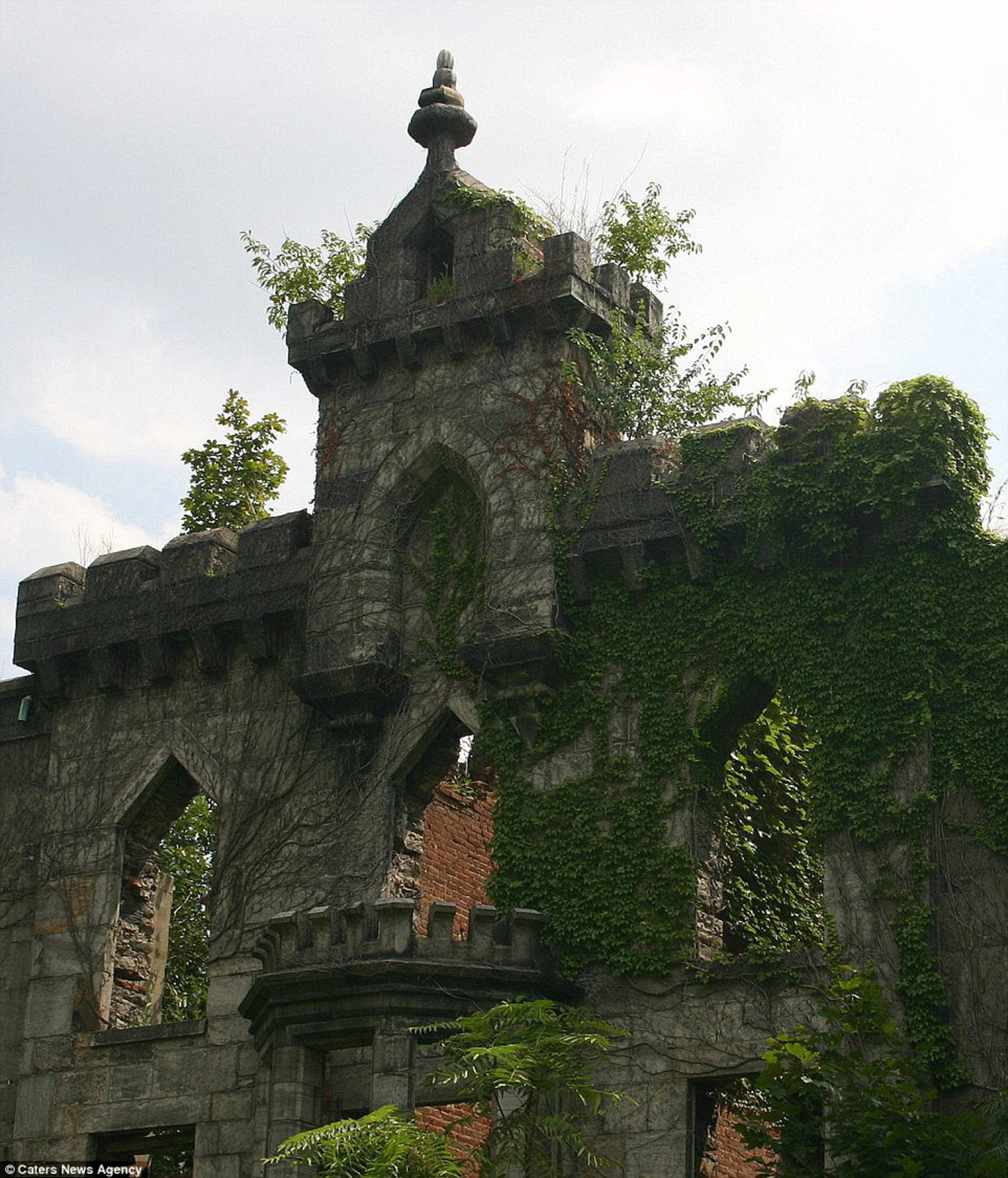 The Renwick Ruin on Manhattan's Roosevelt Island in New York fell into disrepair after being in use for a century. The hospital was constructed between 1854 and 1856 to be a small pox hospital and for many years it was New York's only such institution