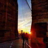 Brooklyn Bridge, New York, New York. Photo via @qwqw7575 #viewingnyc #newyork #newyorkcity #nyc #brooklynbridge #manhattanbridge #sunrise