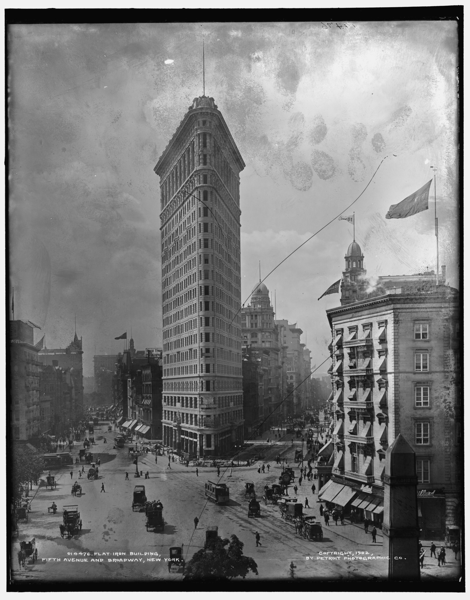 Flat-Iron [i.e. Flatiron] Building, Fifth Avenue and Broadway, New York, 1902