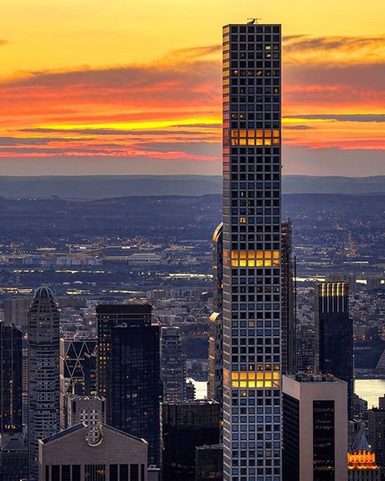432 Park, New York, New York. Photo via @mattpugs #viewingnyc #newyorkcity #newyork