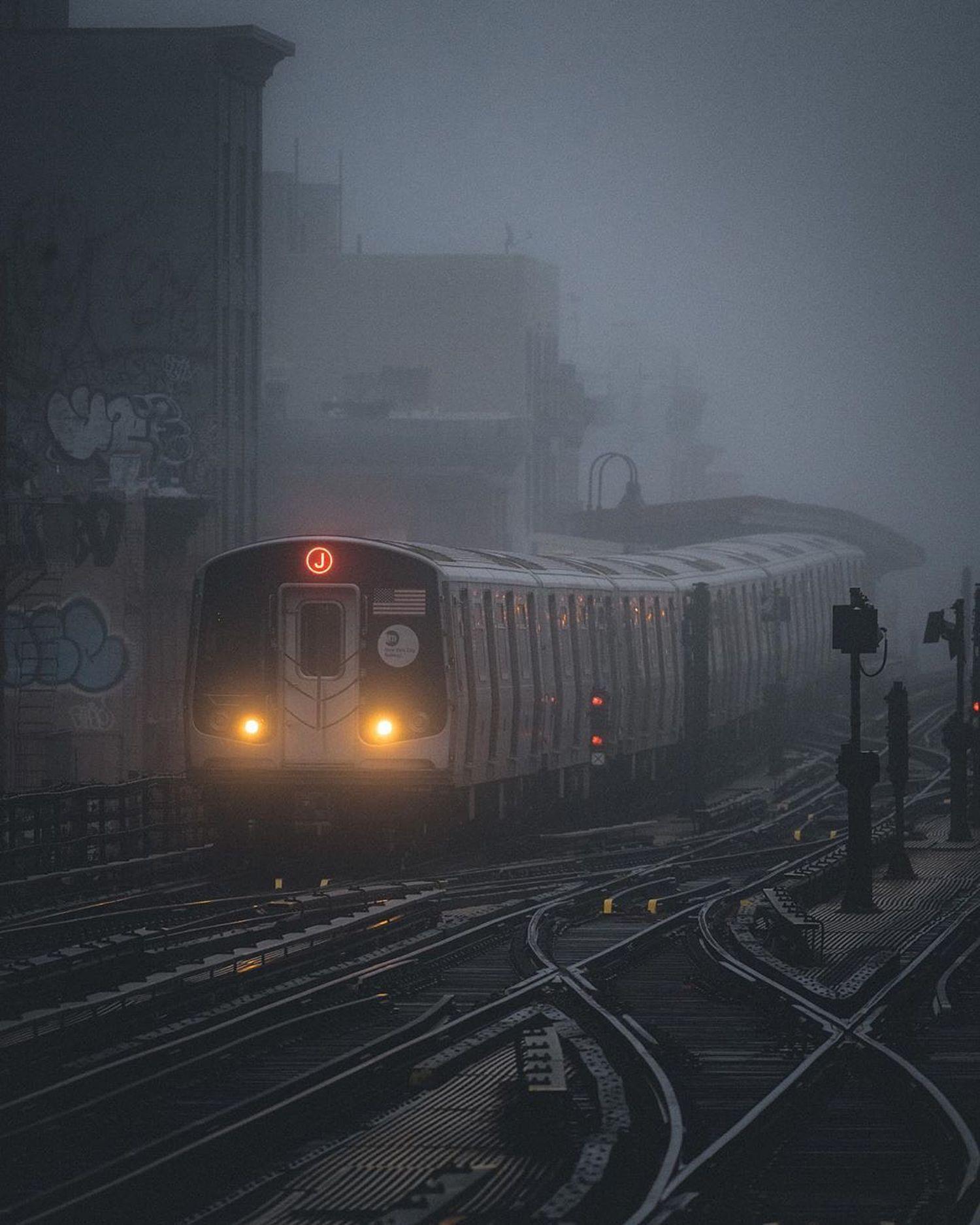 J Train, Williamsburg, Brooklyn