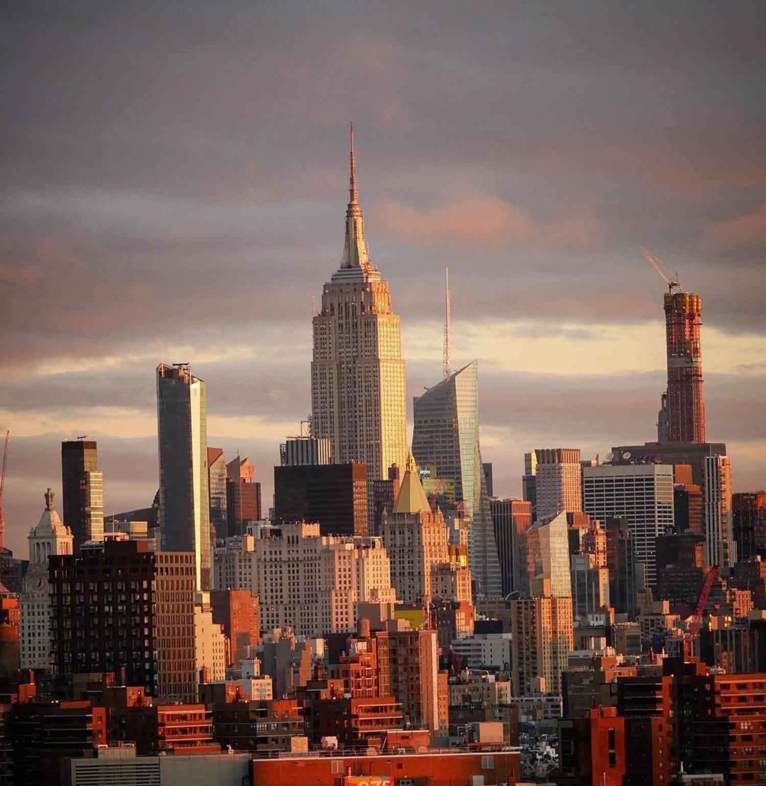 New York, New York. Photo via @bklyn_block #viewingnyc #nuc #newyork #newyorkcity
