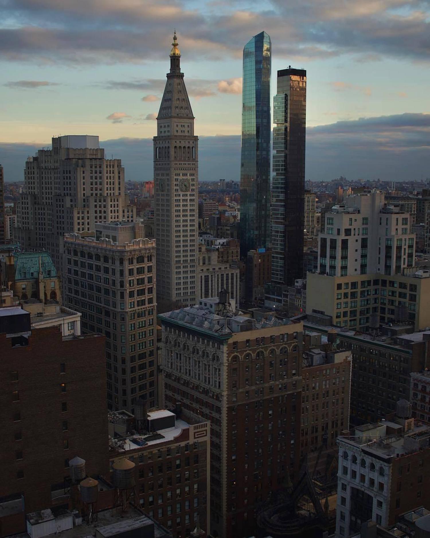 New York, New York. Photo via @m8b9 #viewingnyc #nyc #newyork #newyorkcity #flatirondistrict