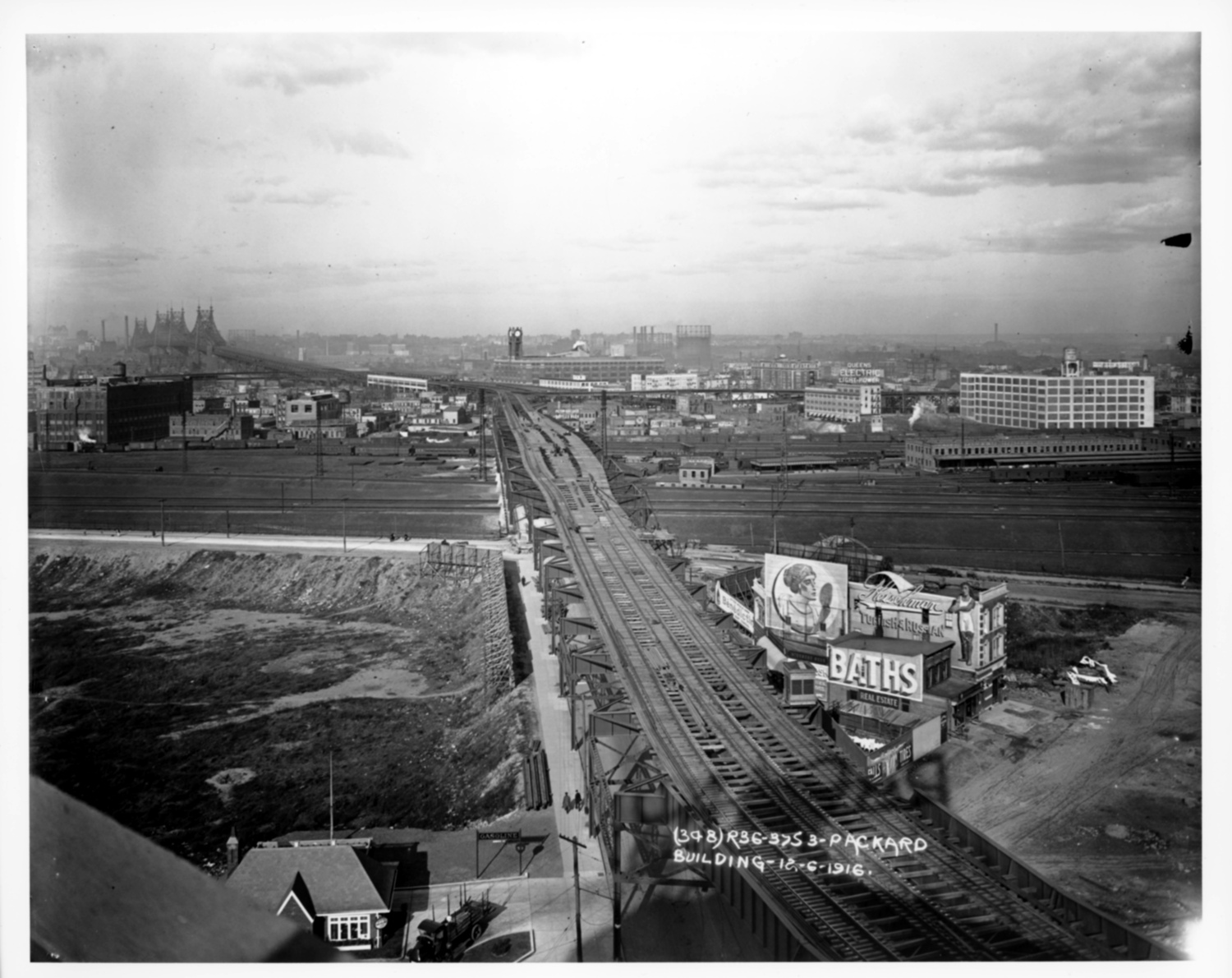 Queensboro Plaza in 1916