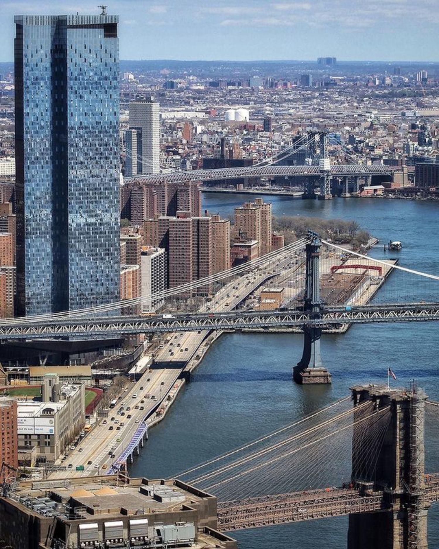 Williamsburg, Manhattan, and Brooklyn Bridges on the East River, New York