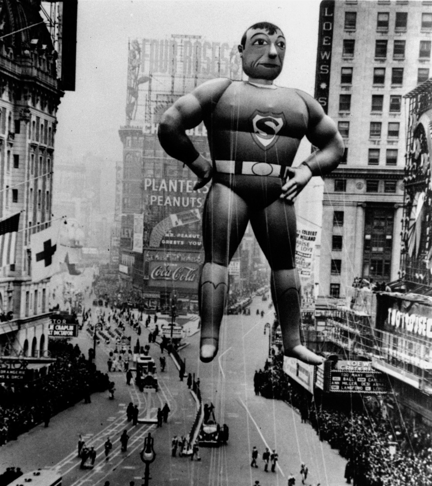 1940 Macys Thanksgiving Day Parade Supermans First Float Soaring Through Times Square