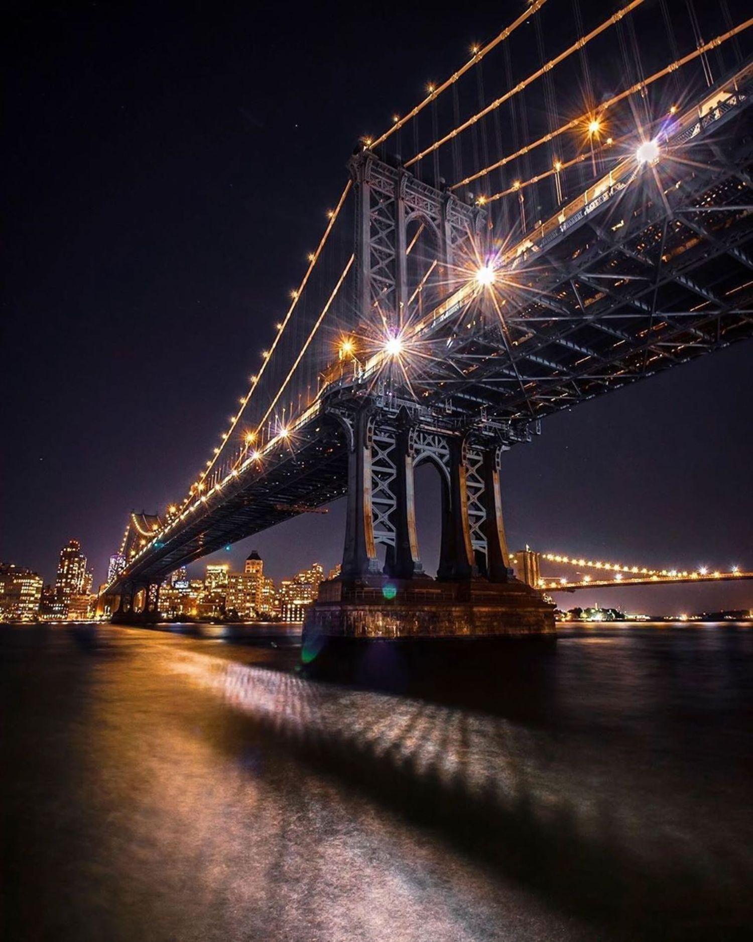 Manhattan Bridge, New York.