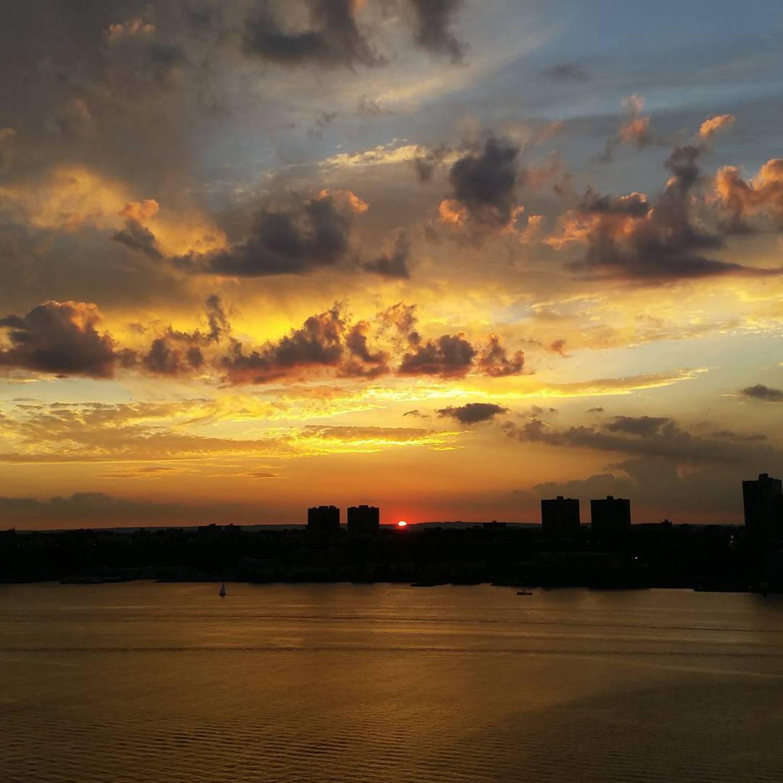 #sunset #hudsonriver #nofilter #uws