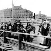 European immigrants arriving at Ellis Island in 1902