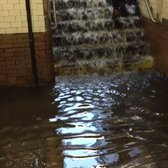 scenes from 145th st/broadway. @NYCTSubway @MTA @NY1 #justalittlerain https://t.co/vUYed8Se6g