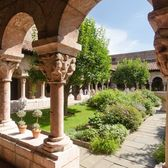Exploring the Cloisters, a medieval castle in NYC