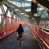 Williamsburg Bridge, New York. Photo via @steve.gomes #viewingnyc #newyork #newyorkcity #nyc #williamsburgbridge #running