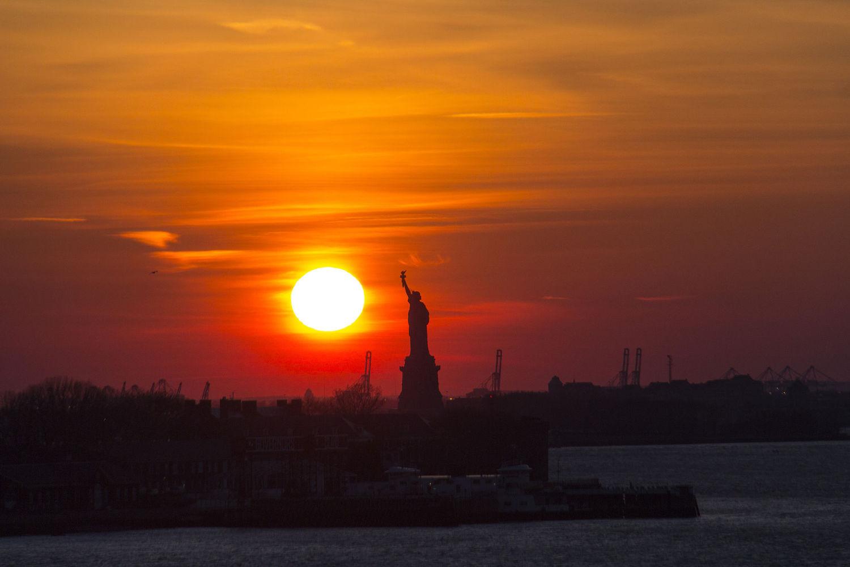 State of Liberty at sunset. 27 Feb 2016