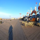 ⁴ᴷ⁶⁰ Walking NYC : Coney Island Boardwalk from Brighton Beach to Sea Gate (Early Morning)