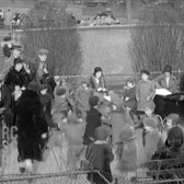 Jan 9, 1930 - Straus Park on West 106th St, NYC (real sound)