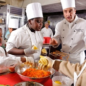 Hip2B Healthy Chef Nights at Schools in Food Deserts