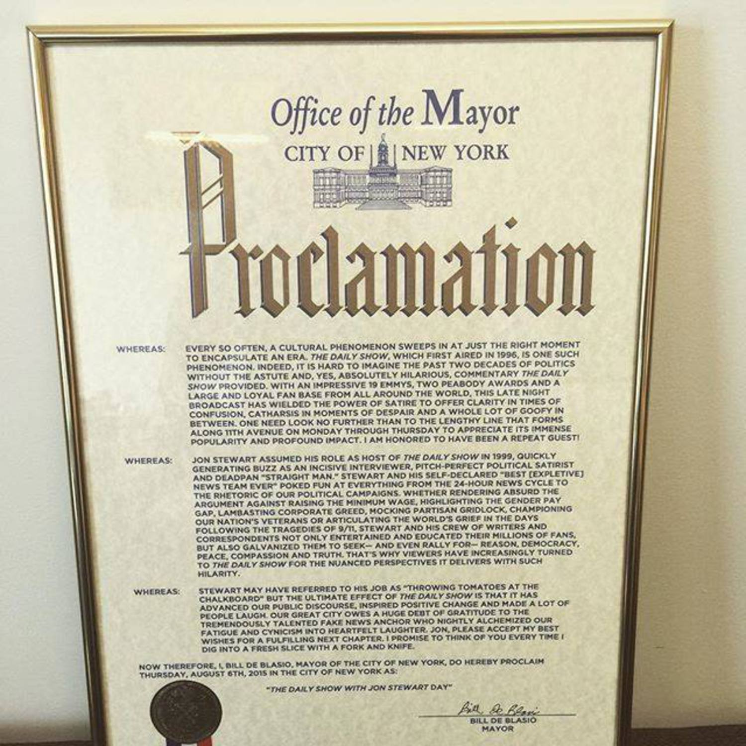 "Mayor Bill de Blasio Declares 8/6/15 as ""The Daily Show with Jon Stewart\"" Day"