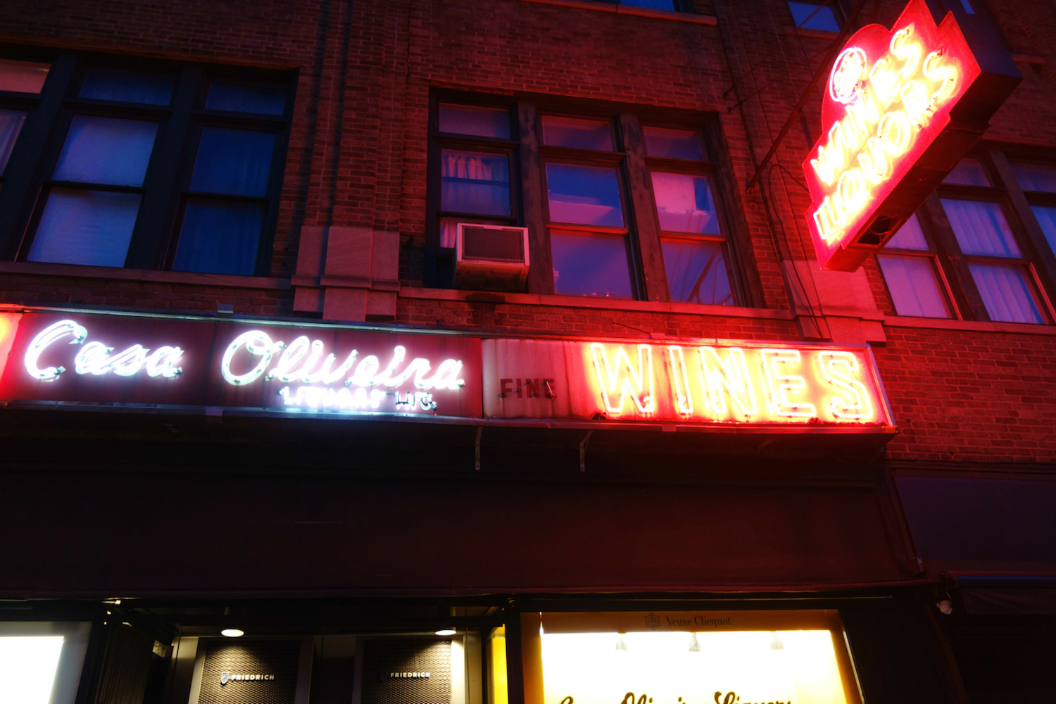 Historic neon on Casa Oliveira Wines & Liquors on Seventh Avenue