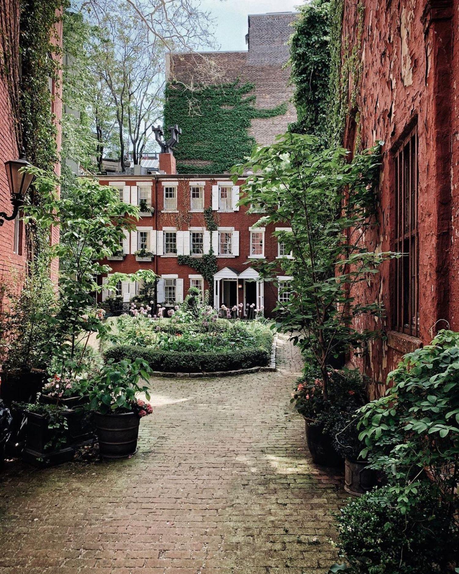 Grove Court, West Village, Manhattan