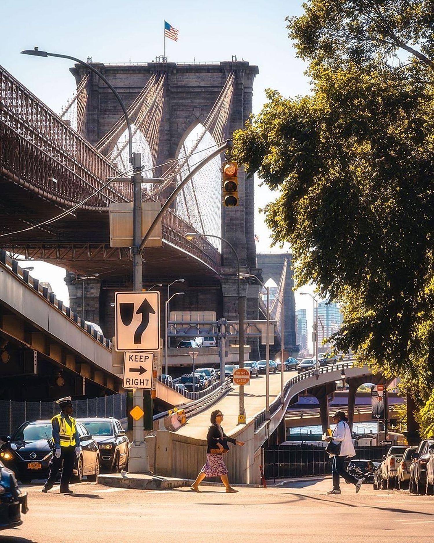 Brooklyn Bridge, Manhattan.