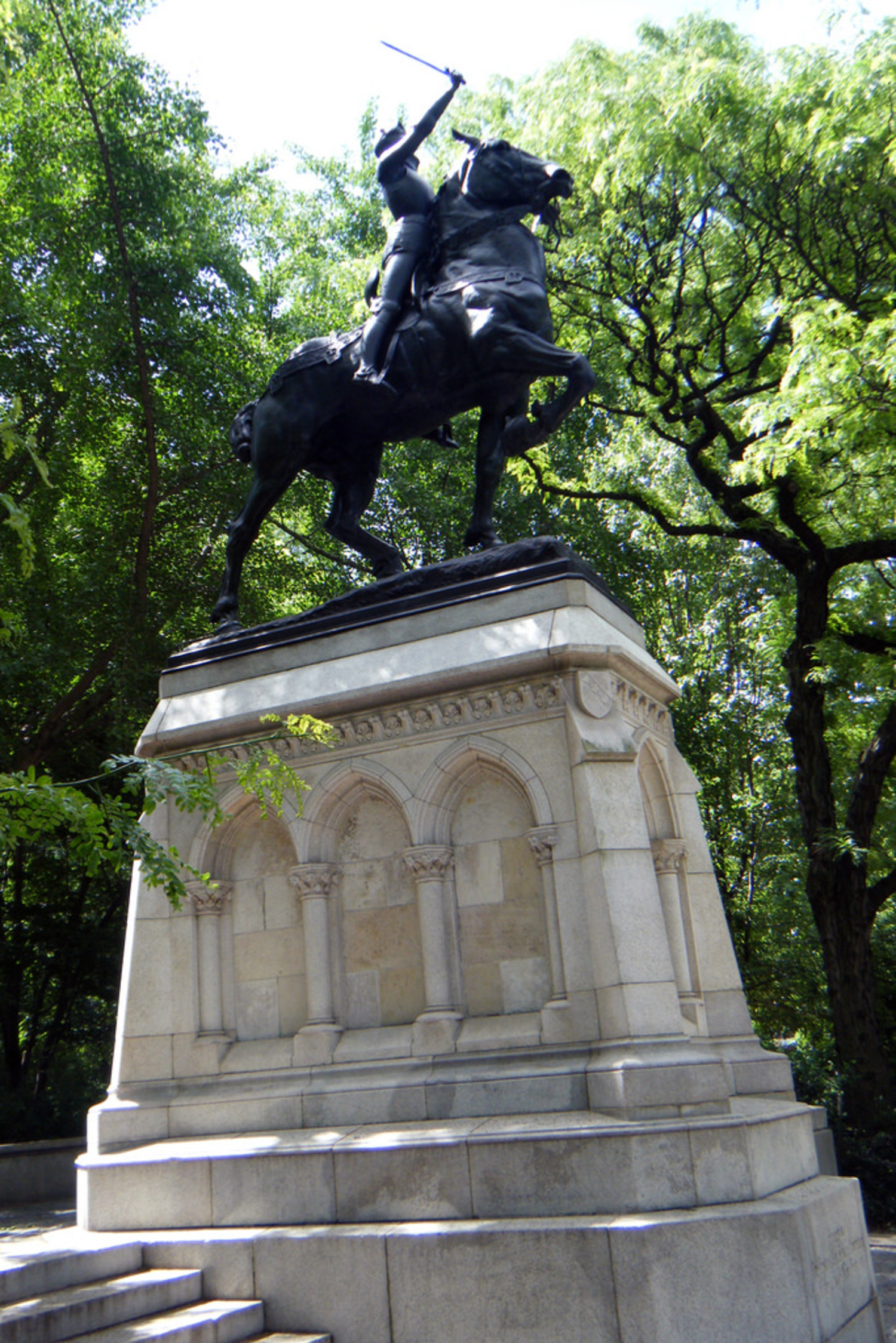 "Anna Vaughn Hyatt Huntington - Joan of Arc Statue | This was the first statue made by a woman to be installed in New York City and also the first statue of a woman to be installed in New York City.   Joan of Arc Island - Riverside Park - 93rd Street & Riverside Drive in Manhattan, New York City - <a href=""http://maps.google.com/maps?f=q&source=s_q&hl=en&geocode=&q=93rd+Street+&+Riverside+Drive+Manhattan,+New+York+City+&sll=46.085154,0.908565&sspn=7.329362,19.753418&ie=UTF8&hq=&hnear=Riverside+Dr+&+W+93rd+St,+New+York,+10025&z=16"" rel=""nofollow"">Google Map</a> - <a href=""http://www.flickr.com/photos/sheenachi/tags/joanofarcisland/"">additional views</a>"