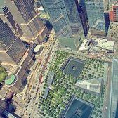 9/11 Memorial, New York. Photo via @fallinginlovewithnyc #viewingnyc #newyorkcity #newyork
