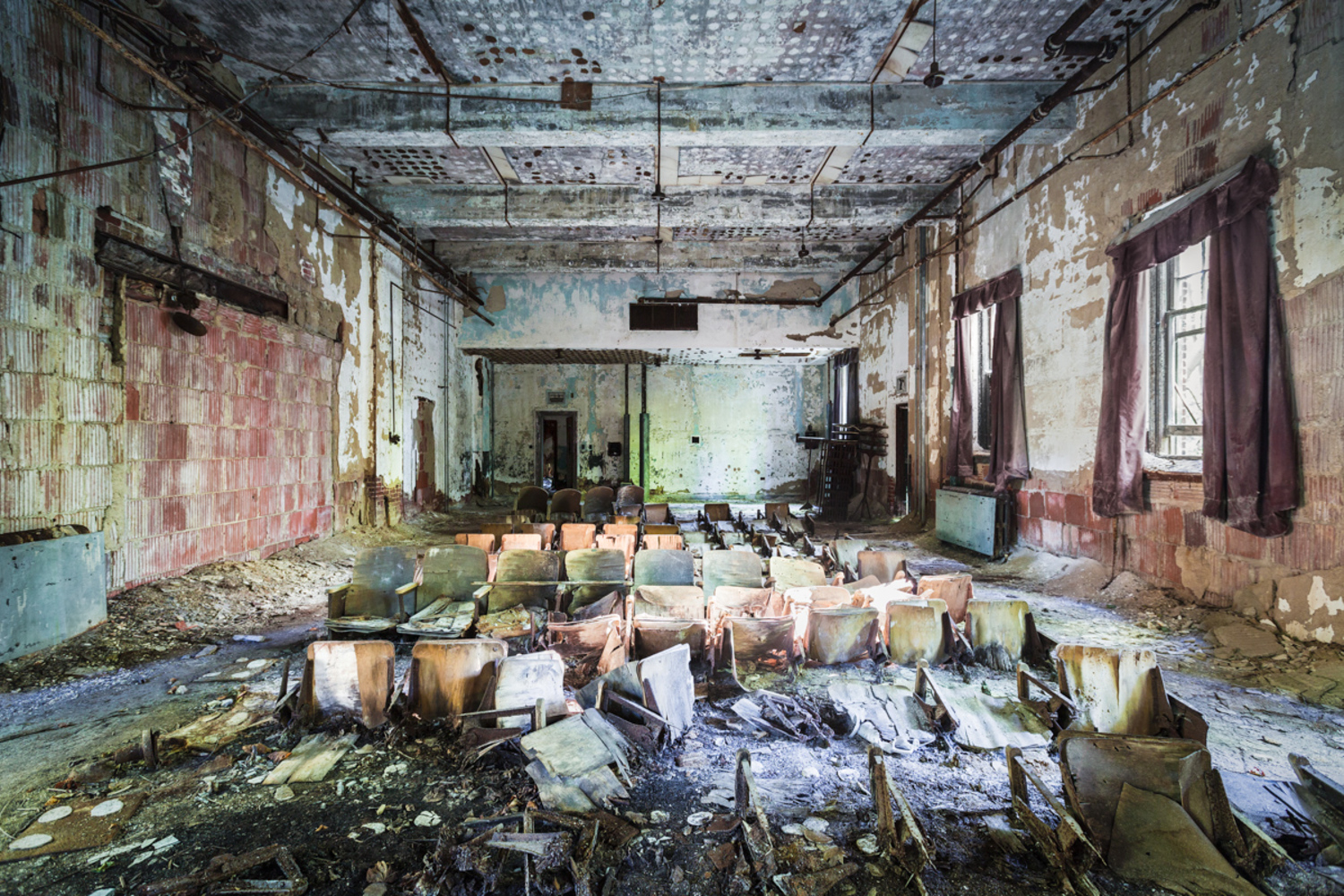 North Brother Island in bronx was the site of a historic hospital for contagious diseases. Today, it's designated as a wildlife preserve by the Parks department after being abandoned for half a century.