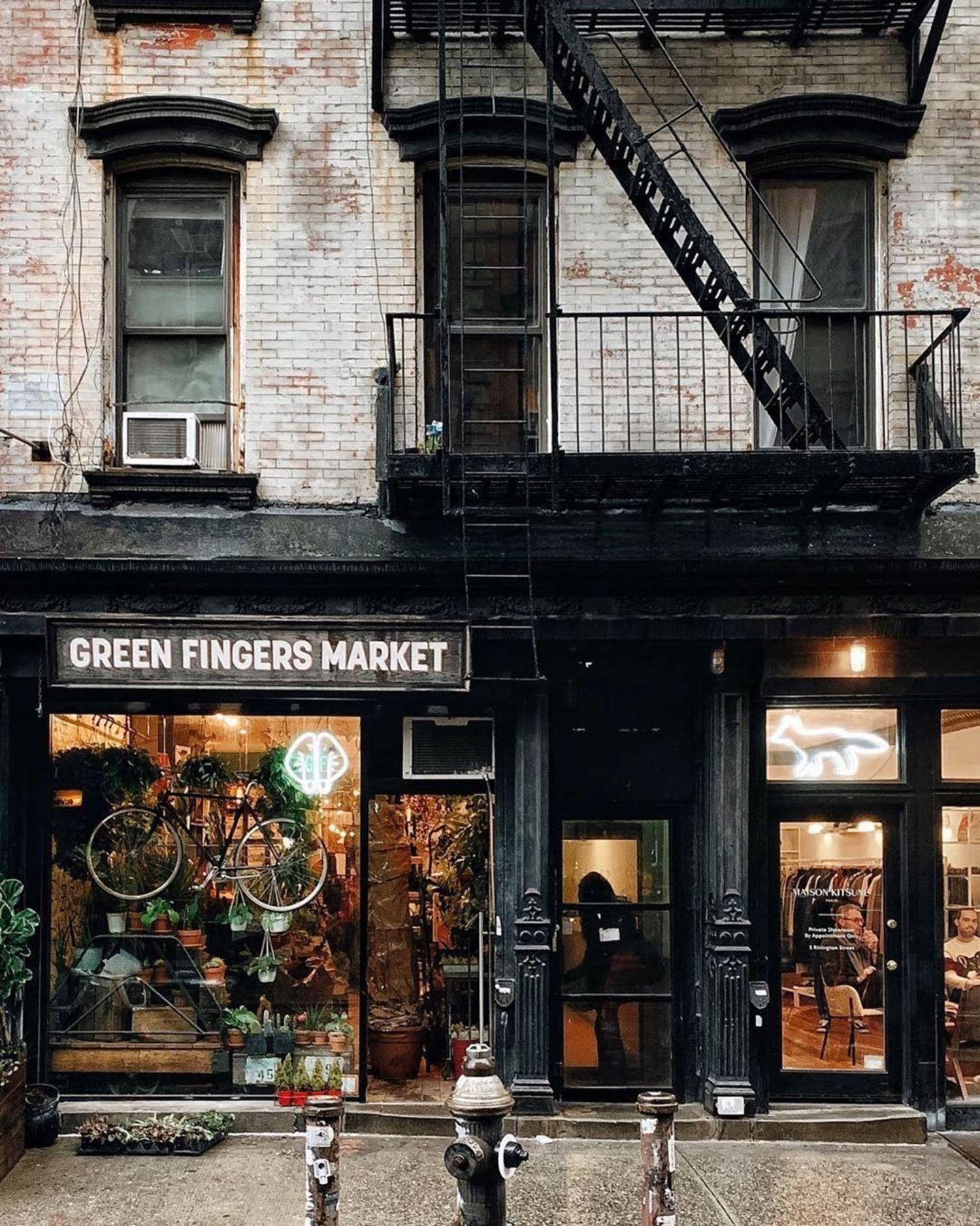 Lowed East Side, Manhattan. Photo via @heydavina #viewingnyc #nyc #newyork #newyorkcity