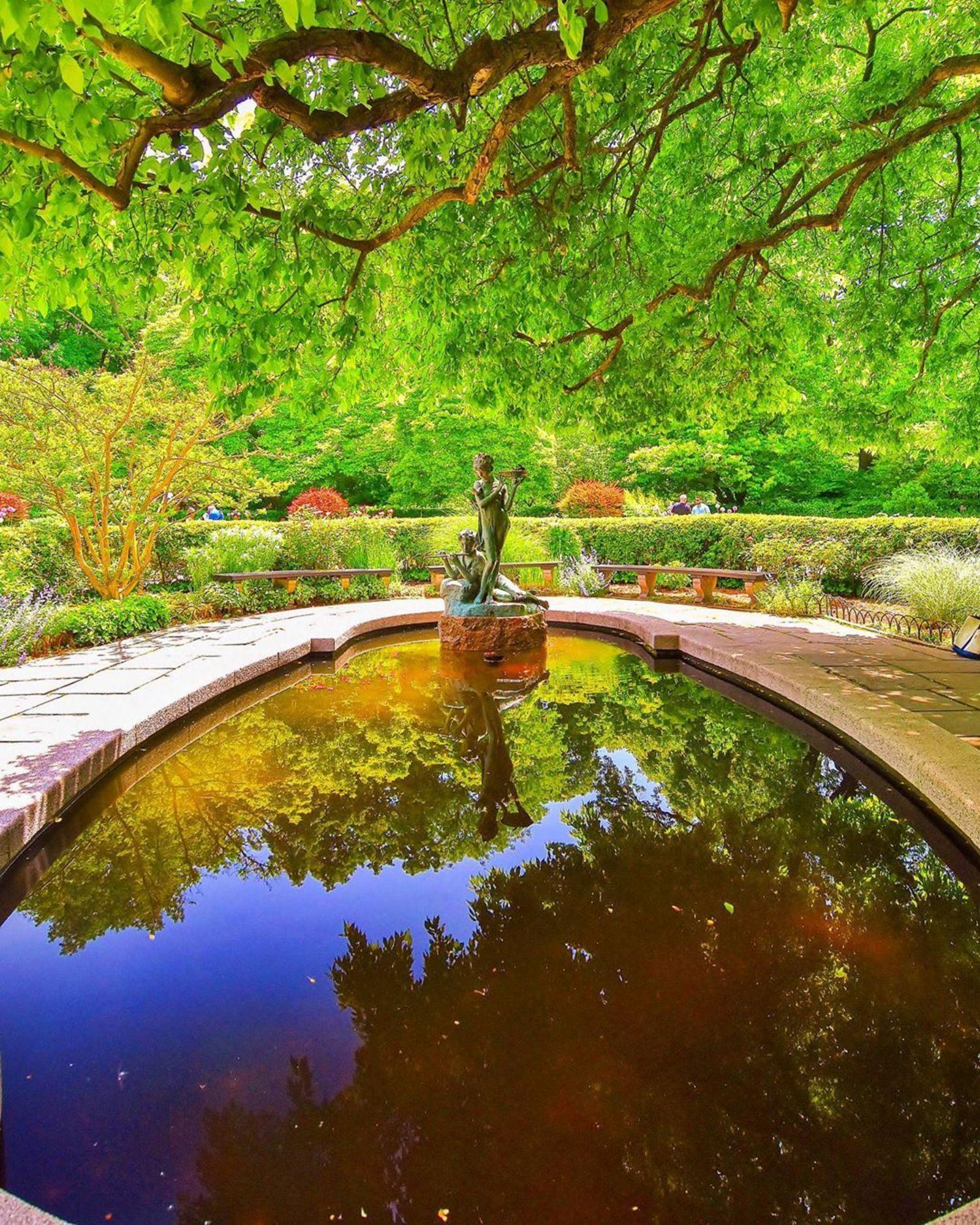 Conservatory Water and Garden, Central Park, Manhattan