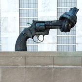 """Non-Violence"" (The Knotted Gun) by Carl Fredrik Reuterswärd at the United Nations Headquarters 
