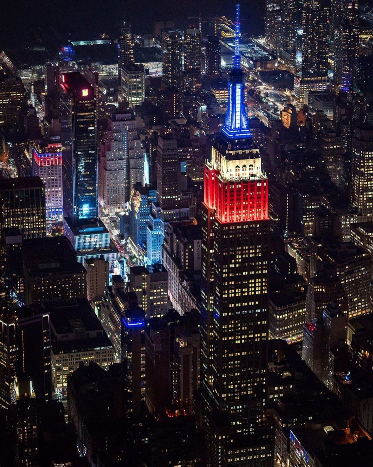 Empire State Building and 34th Street, Midtown, Manhattan